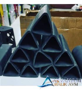 Siyah Üçgen Vatoz Üretim Küpü